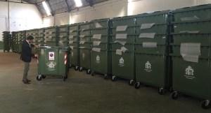 Orihuela ya cuenta con los 1.000 nuevos contenedores y 189 papeleras que se instalarán en todo el municipio