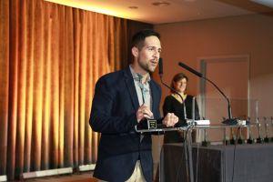 El bloguero torrevejense Isidro Migallón recibe un reconocimiento a Mejor Blog por su web de psicología
