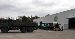 Una empresa de Callosa de Segura dona más de 5.000 botellas de agua para abastecer al Ejército