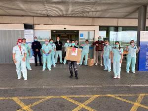 La comunidad china dona más de 4.000 mascarillas al Hospital de Torrevieja