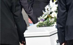 Sanidad prohíbe los velatorios y limita los entierros a tres personas durante el Estado de Alarma