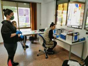 Benejúzar reparte 600 mascarillas infantiles entre los niños del municipio