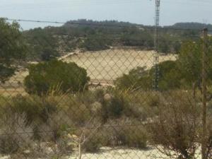 """Cambiemos Orihuela vuelve a denunciar el proyecto de """"resort turístico camuflado"""" en el corazón de Sierra Escalona"""