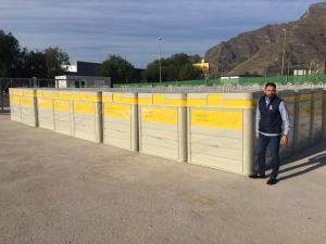 Orihuela recibe 80 nuevos contenedores para recogida selectiva de envases