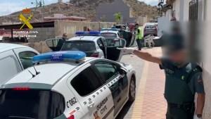 La Guardia Civil desmantela un punto de venta de drogas en el casco antiguo de Cox