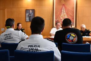 La Policía Local de Orihuela sanciona a 100 personas y cierra 3 locales de ocio nocturno por incumplir las normas de seguridad