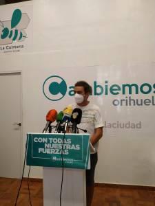 Cambiemos denuncia que el mantenimiento de zonas verdes en Orihuela Costa lleva más de tres años fuera de contrato