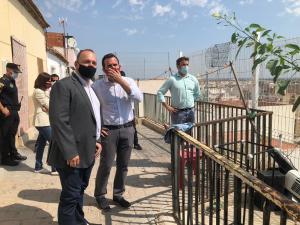 La Generalitat se compromete a la adquisición de 22 viviendas sociales en Callosa y a la reparación de la calle Pardo Bazán en 2021