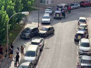 Detenido un conductor tras impactar contra otro vehículo y darse a la fuga a pie en Orihuela