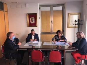 El Ayuntamiento de Bigastro firma un convenio de colaboración con CEEI Elche para la promoción de la cultura emprendedora