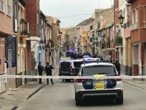 La Policía Nacional despliega una operación contra el tráfico de drogas en Orihuela