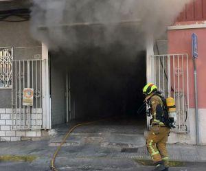 Se incendia una panadería en Almoradí