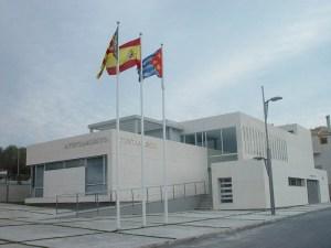 El PSOE denuncia que el Ayuntamiento de Benijófar ha permitido durante dos años una actividad empresarial irregular en una propiedad familiar de la teniente de alcalde del PP