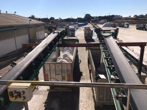 Torrevieja envía 3.500 toneladas de sal a Madrid para paliar los efectos de la gran nevada