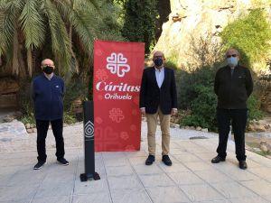 La empresa oriolana DH SENSODROP dona dispensadores de gel hidroalcohólico a Cáritas y al Seminario