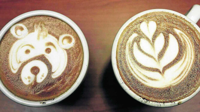 Tazas de café decoradas.
