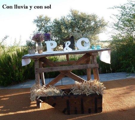 letras de madera para la boda de pili