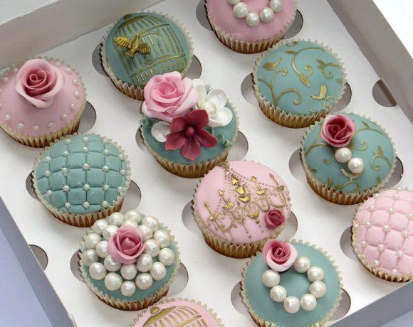 pink and green wedding cupcakes e1478203167927 - Pon tu Toque personal al CandyBar: Recetas de Cupcakes