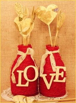 DIY-boda-jarrones-cuerda-corazones-papel