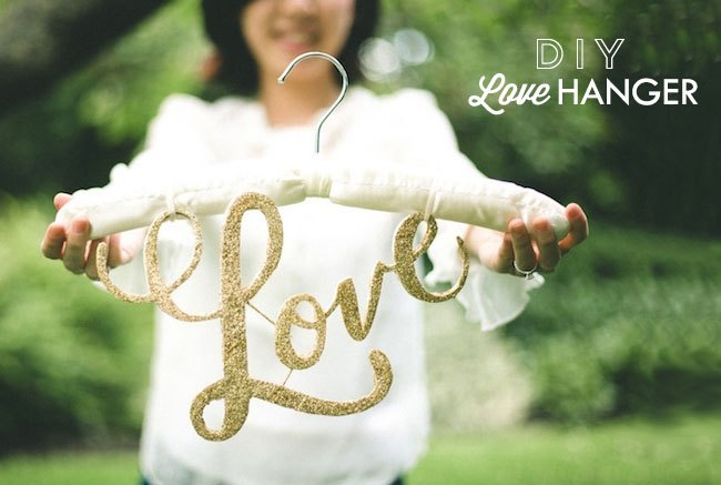DIY love hanger - DIY Percha Personalizada