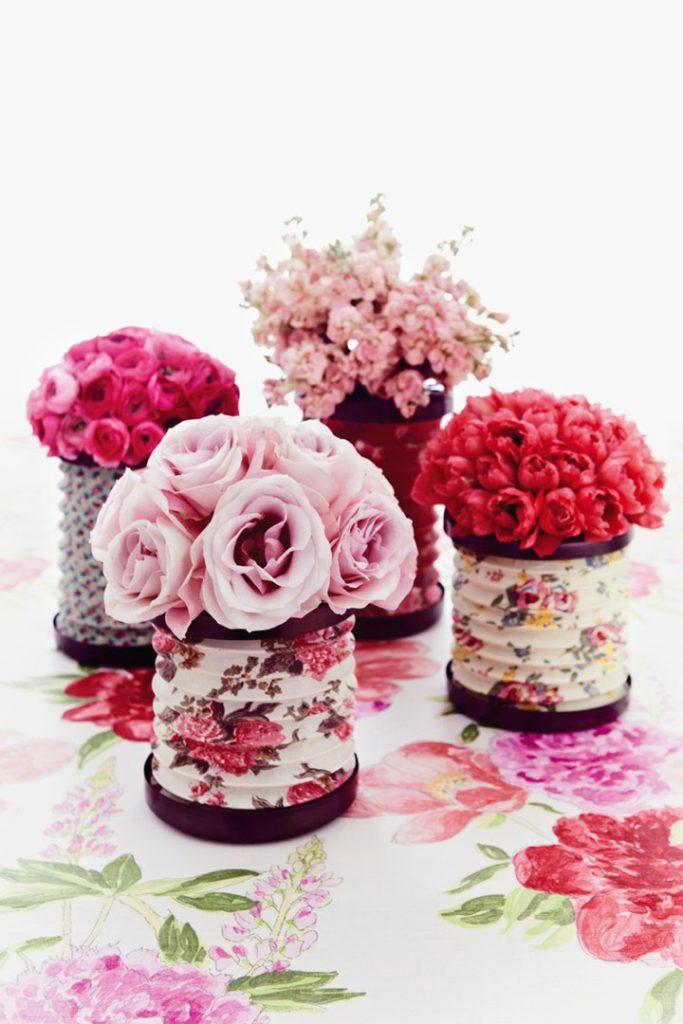 centros de mesa lata con flores - Ideas para Centros de Mesa