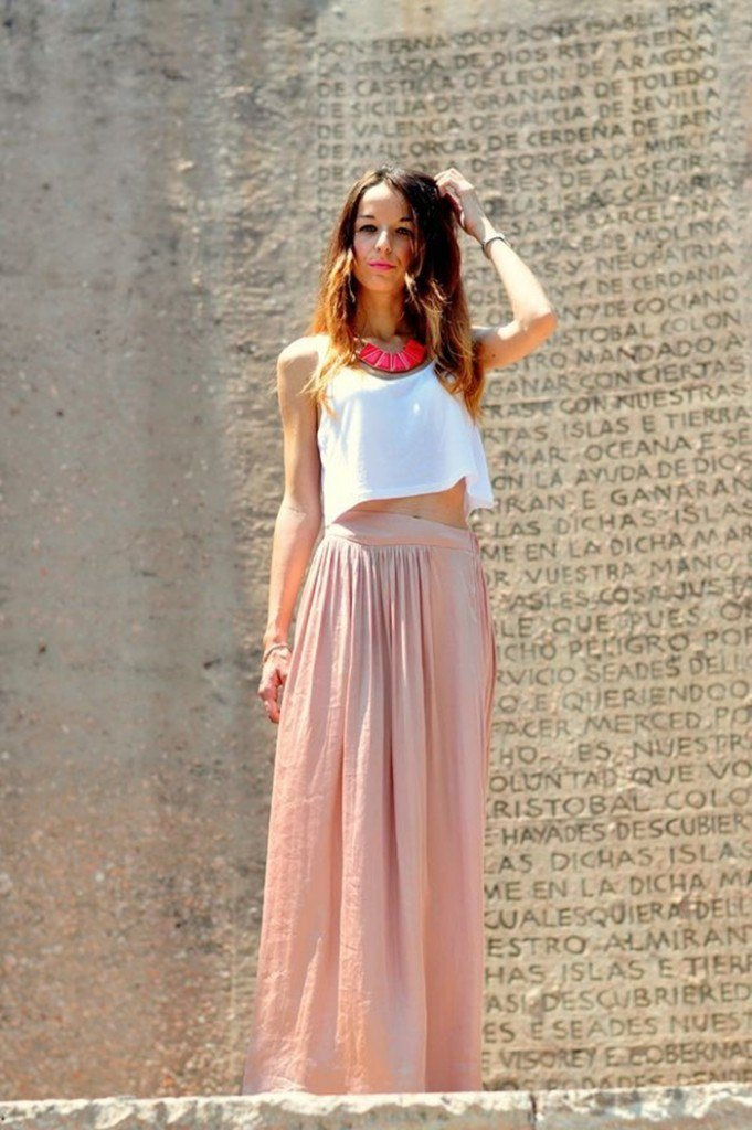 Look de Invitada con Falda larga
