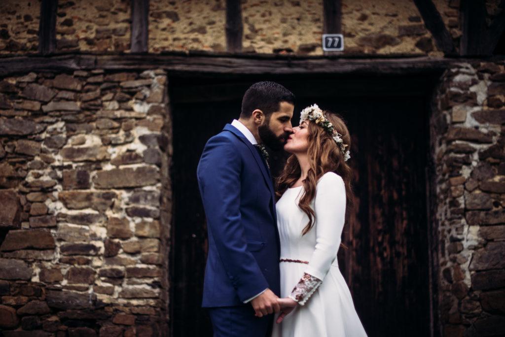 Pia Alvero fotografia de boda bonita en Bilbao. 1160 - La Boda Rústica de Tania y Rober en el Corazón del País Vasco