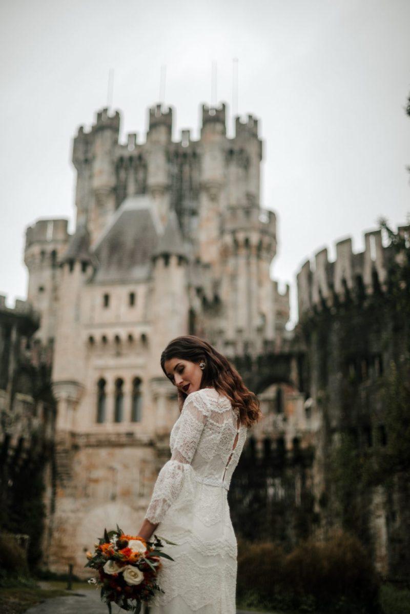 Pia Alvero fotografia editorial Castillo de Butron 80 - The Unfettered Bride