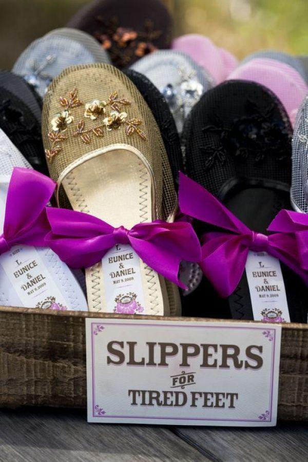 regalos de boda tradicionales bailarinas - Una Larga Lista de Regalos de Boda