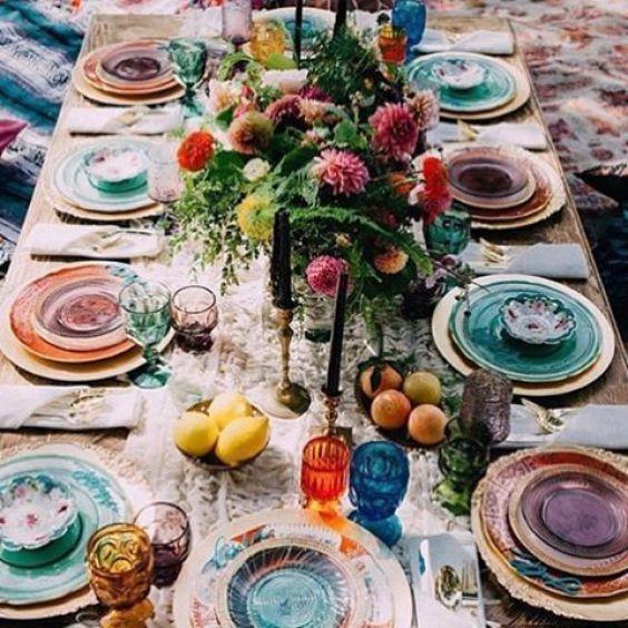 cómo decorar una boda bohemia: las mesas