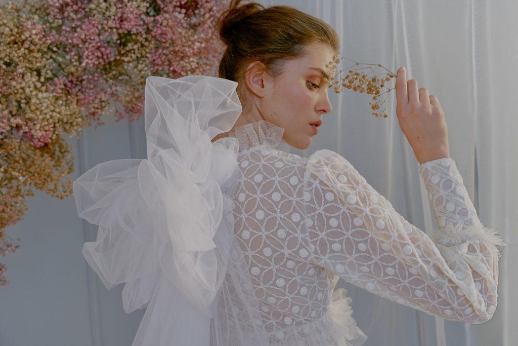 ANGELA PEDREGAL INNUBIBUS NOVIAS 2021 15 - In Nubibus, la Nueva Colección de Vestidos de Ángela Pedregal
