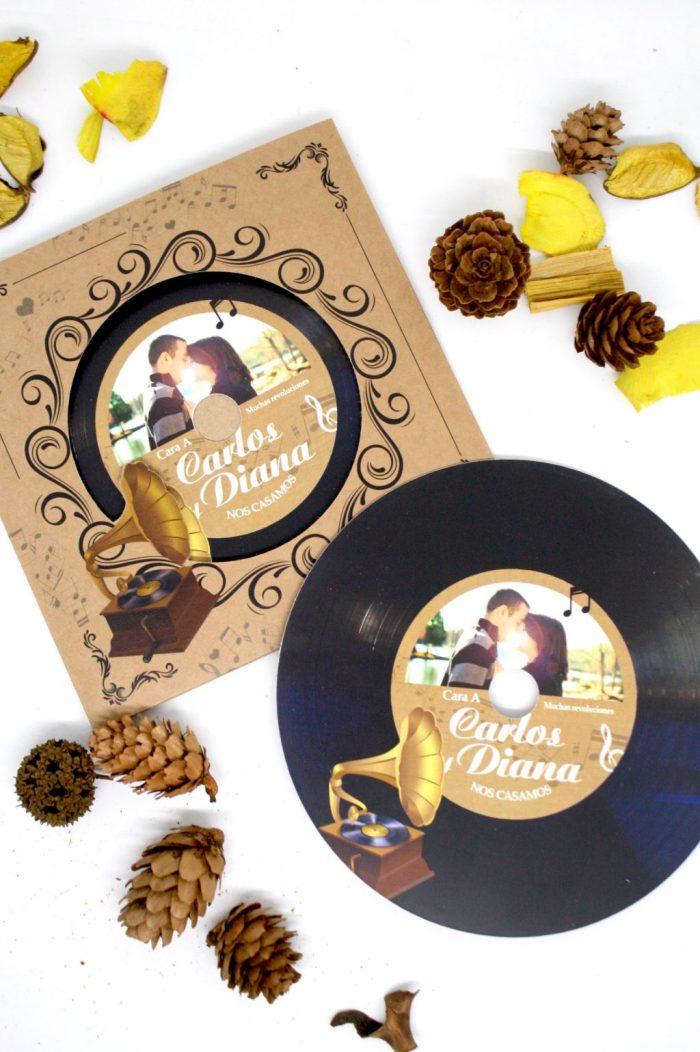 invitacion boda disco vinilo todoinvitacion 6 - Invitaciones de Boda de Cine