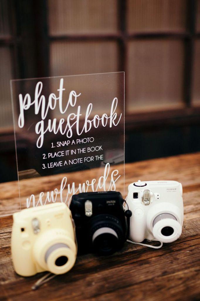 cartel libro de firmas con polaroid - Decoración con Fotografías Polaroid