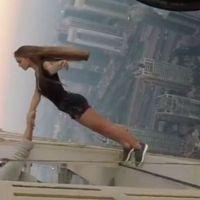 Modelo rusa posa a 300 metros de altura
