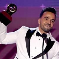 Luis Fonsi el triunfador de los Grammy Latinos
