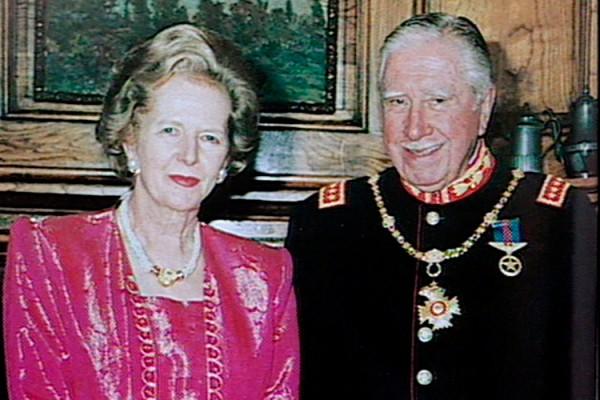 Com Pinochet, irmão em ideias