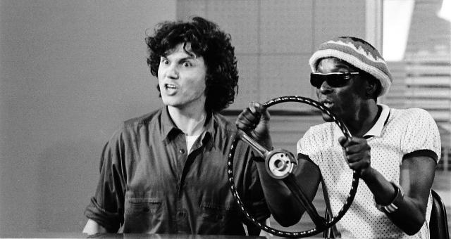 Arrigo Barnabé e Itamar Assumpção no palco do Lira em 1980