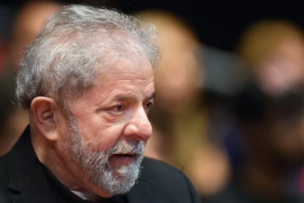 A mídia quis matar Lula, mas ...