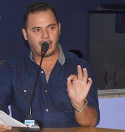 Novo prefeito de Monte Horebe, Luciano Pessoa