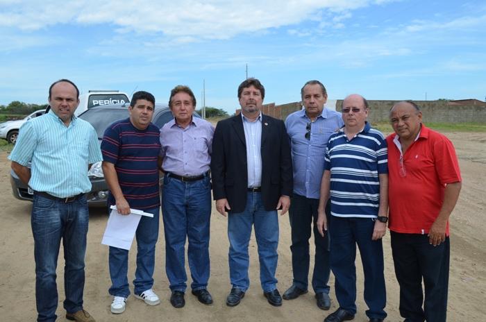 Reunião em Cajazeiras com representantes do Governo.