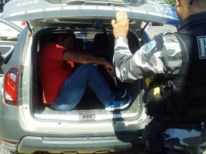 O marido da prefeita de Monte Horebe também foi preso na Operação Andaime (Foto: Felipe Valentim/TV Paraíba)
