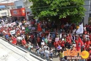 Ato parou em frente à rádio Difusora