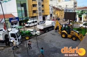 Veículos entregues à população de Cajazeiras