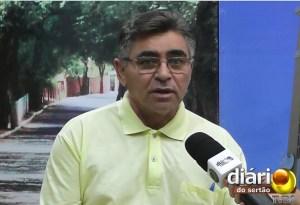 Presidente da Câmara de Cachoeira dos Índios, Aurino Rodrigues, nos estúdios da TV Diário do Sertão