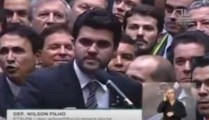 Wilson disse sim ao processo de impedimento de Dilma
