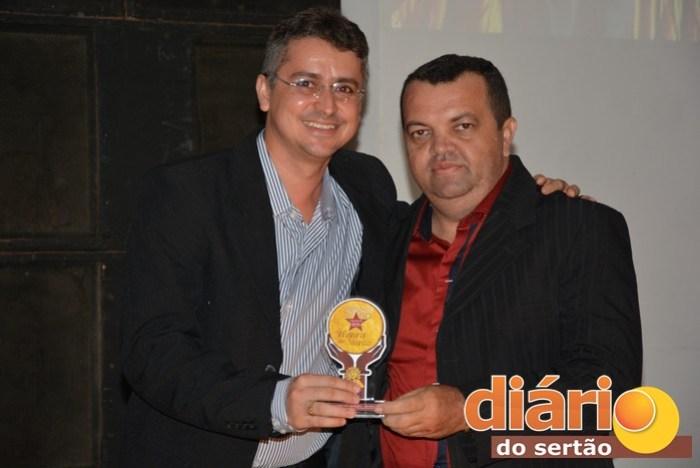 Petson Santos, diretor executivo do sistema Diário do Sertão ao lado do diretor de Jornalismo da TVDS