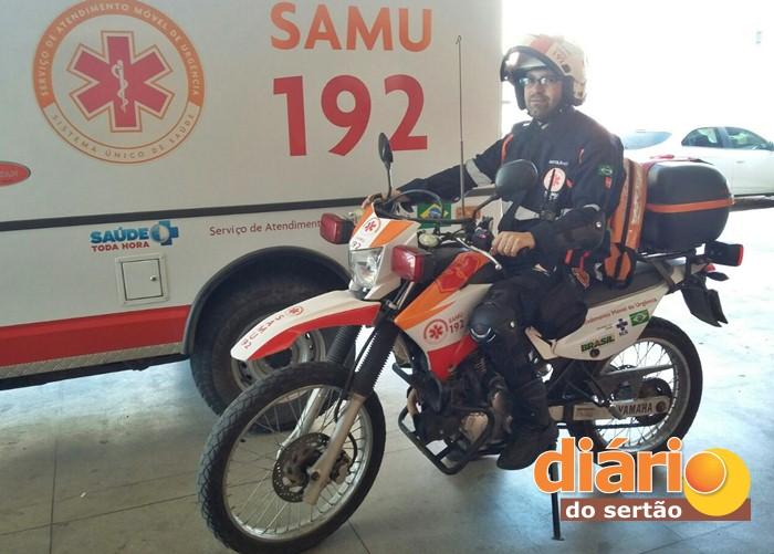Técnico de Enfermagem na Motolância do SAMU (foto: DS)