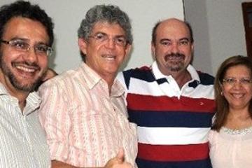 Deputado revelou que não foi convidado para encontro com Ricardo Coutinho