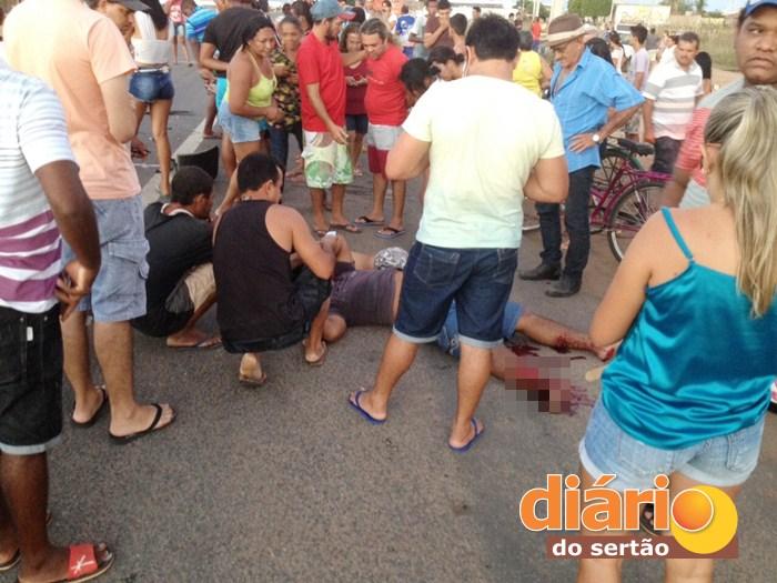 Acidente aconteceu na BR 230 em Sousa (foto: Charley Garrido)