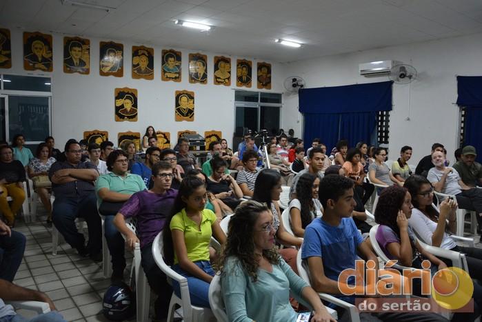 Auditório do Centro Cultural Zé do Norte ficou lotado